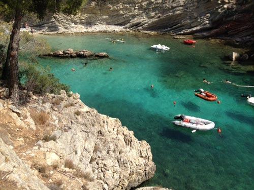 Schöne Bucht im Südwesten Mallorcas mit seinem einsamen Strand