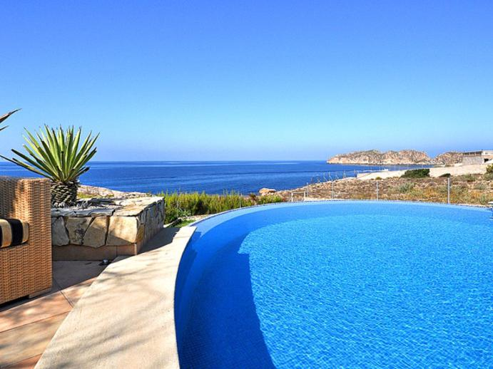 Villa in Santa Ponsa mit Meerblick